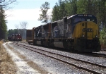 CORP 4000 meeting CSX F774 in the yard
