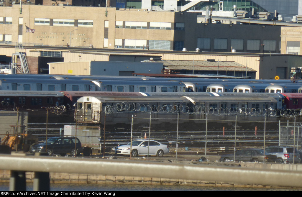 NYCT R32s 3552 and 3553