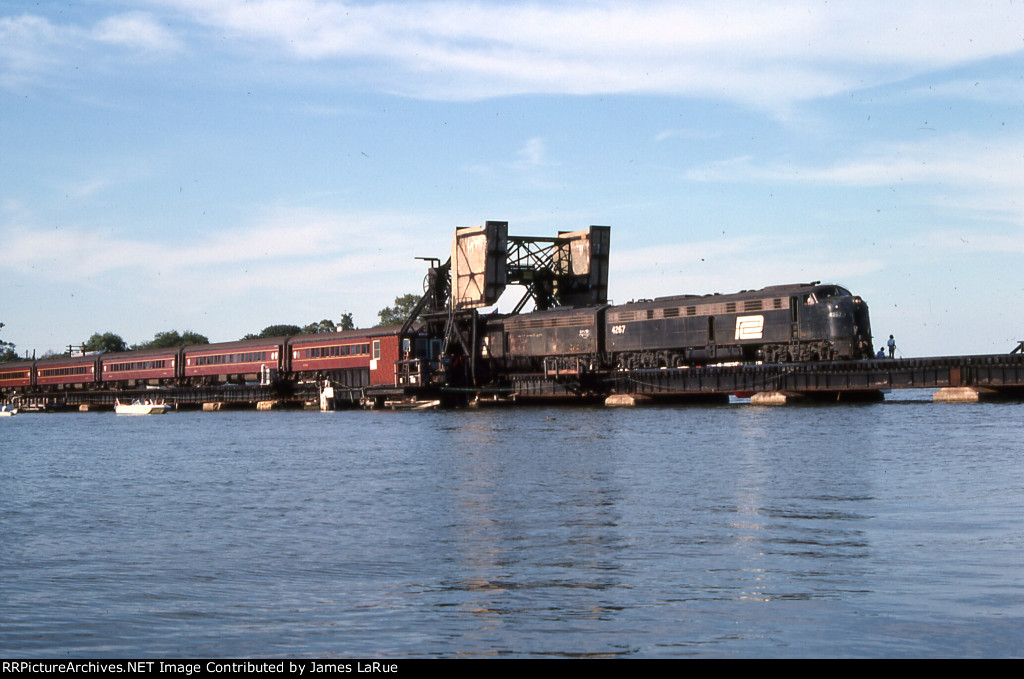 PC 4267 on the Manasquan River Drawbridge