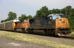 CSXT Locomotive Leads NS 18N, BNSF Trailing @ 1008 hrs.