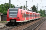 Railcar class 425 crossing Meitingen