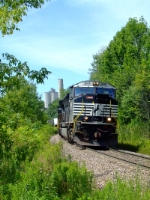 NS 2608 heads 168 past the Howe Cavern mine
