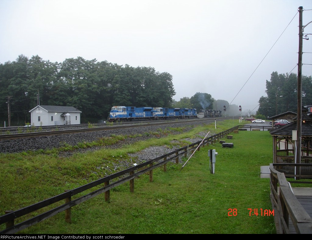 NS 7210, 7215 & 7208 all in CR blue w/ NS 7204, 7203 & 7212 all in NS black
