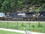 NS 9246 trails long hood forward EB