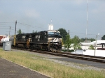 NS 9959 & NS 9495 southbound 3:57 PM