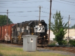 NS 7053 & NS 5565 southbound at 06:36 PM
