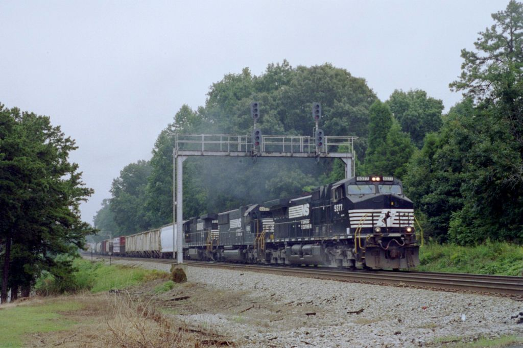 NS 9377 passes under some signals