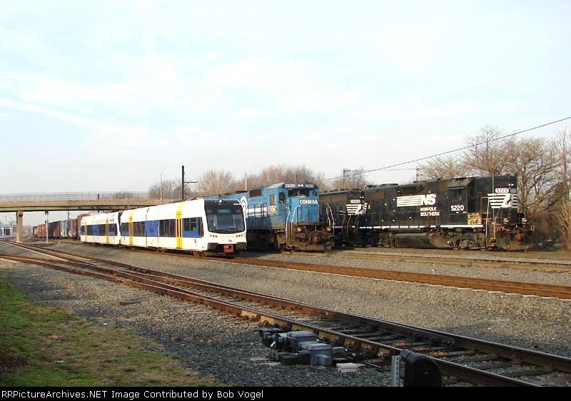 NJT River LINE doubleheader