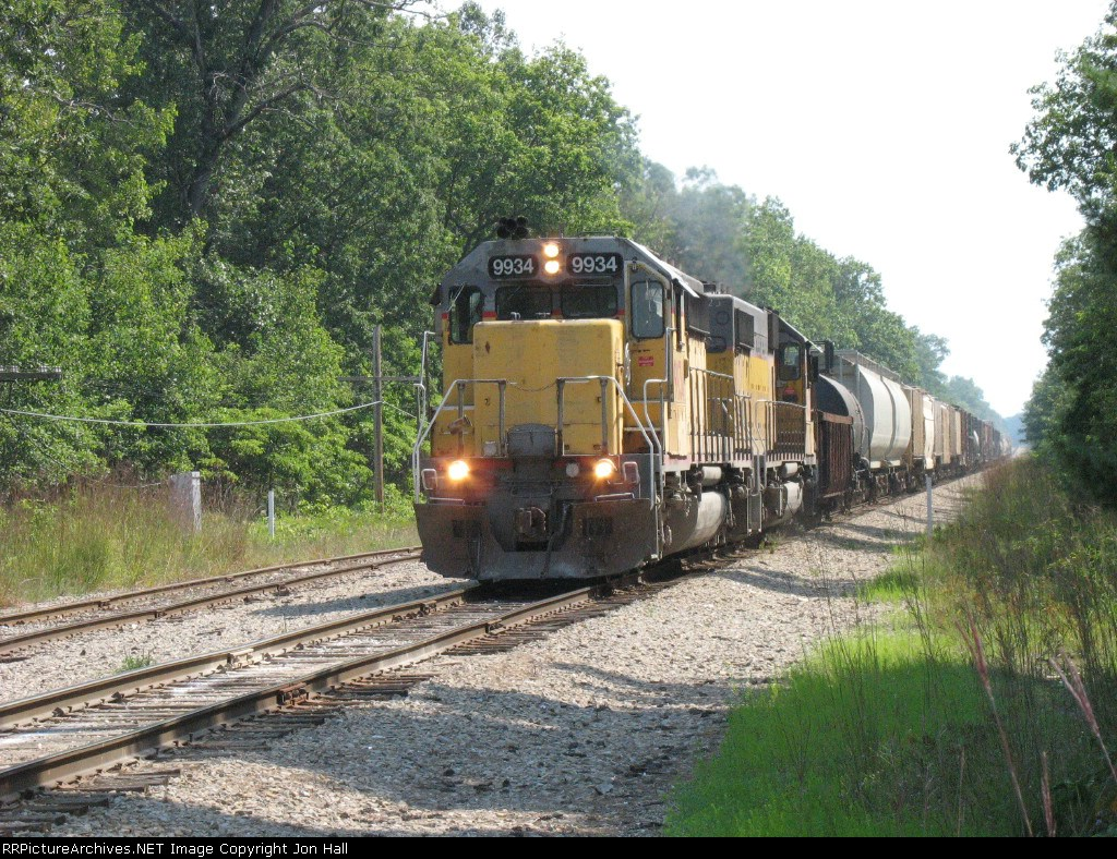 OHCR 9934 approaching the wye and yard