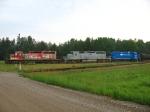 GLLX 3001, 3002 & GMTX 2648 wait to head south with tonight's Z151