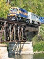 3001 & 3002 leading Z151 out onto the bridge