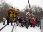 The crowd gathers around 3158 during the 2007 Santa Express' first stop