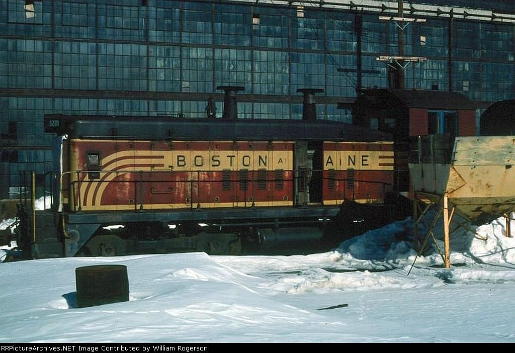 Boston and Maine Railroad (BM) EMD SW9 No. 1220