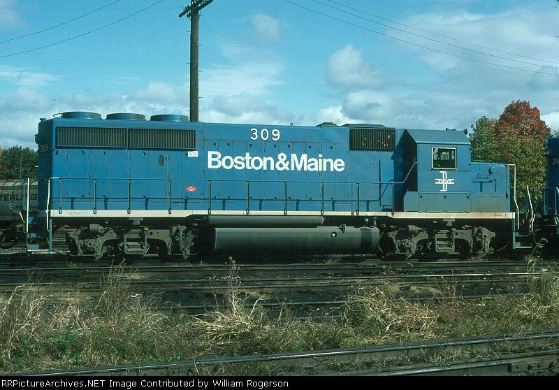 Boston and Maine Railroad EMD GP40-2 No. 309