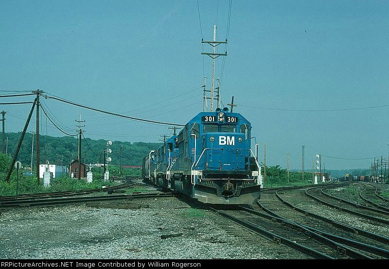 "Eastbound Boston and Maine Mixed Freight Train ""ML2"", with EMD GP40-2 No. 301 in the lead,"