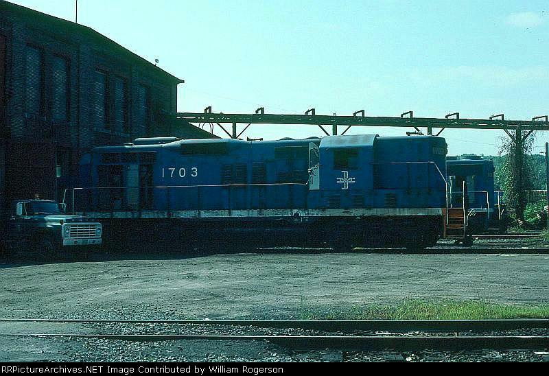 Boston and Maine Railroad EMD GP9 No. 1703