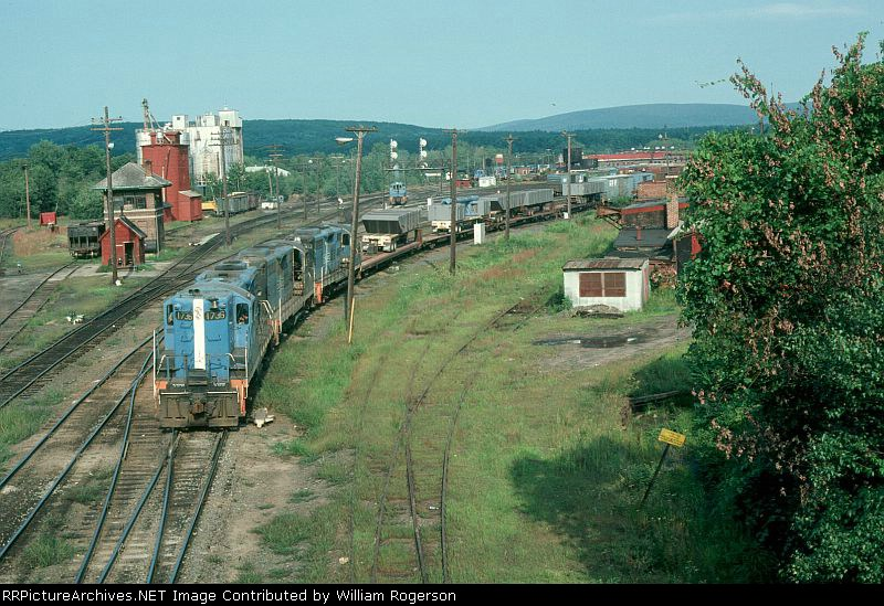 "Boston and Maine Railroad Mixed Freight Train ""POSP"", with EMD GP9 No. 1736 in the lead,"