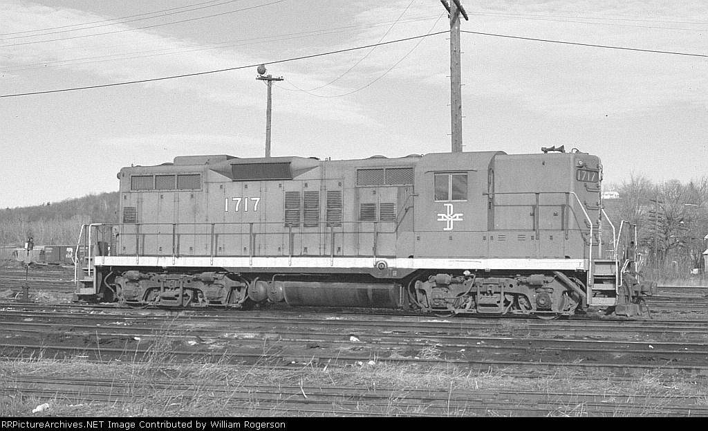 Boston and Maine Railroad (BM) EMD GP9 No. 1717