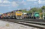 FURX 3003 West departs Centennial Yard ahead of UP 8347 West