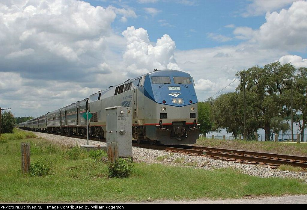 """Northbound Amtrak Train No. 92, the """"Silver Star"""", with GE P42DC """"Genesis"""" Locomotive No. 147 in the lead"""