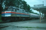 """Amtrak Train No. 174, the """"Colonial"""" with EMD F40PH No. 272 boards passengers"""