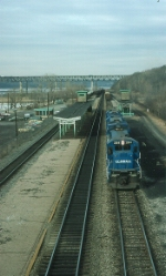 "Southbound Conrail (CR) Mixed Freight Train, ""SELI"" sets out cars"