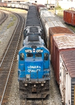 NS 3347 (Ex-Conrail 6389) adds breaking power