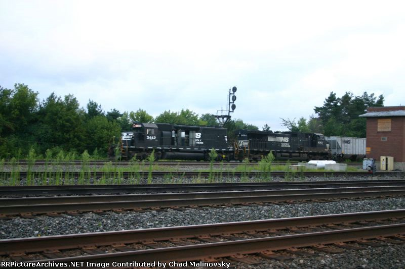NS 3442 heads west in what light there is