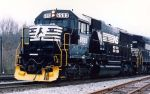 NS 6593 in yellow plow paint