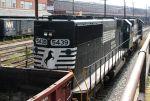 NS 5439 Hugs The Rail