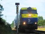 LIRR Train 200 heads east through the AH Block limit signal