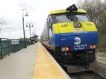 LIRR Train 2707 heads west