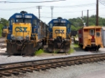 CSX 6130 and some friends sit on the tracks of the Hagerstown CSX yard