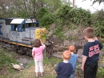 Kids wave as CSX 6134 rolls by