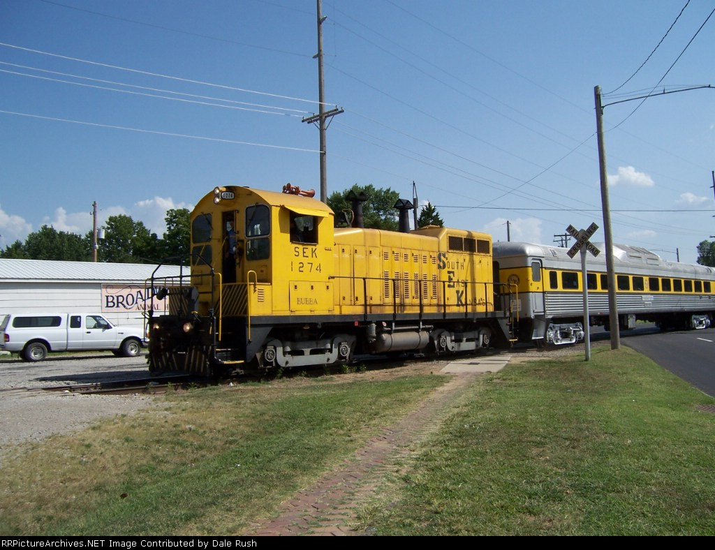 "SEK 1274 ""Bubba"" pulling the SP 745 excursion back to Pittsburg"
