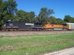 NS 8769 & BNSF 5231