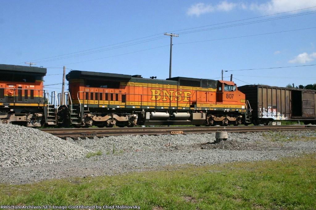 BNSF 807