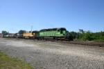 BNSF 6916 on 10R