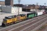 UP 8381 leads southbound CSX train