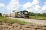 NS 6693 on a loaded auto train