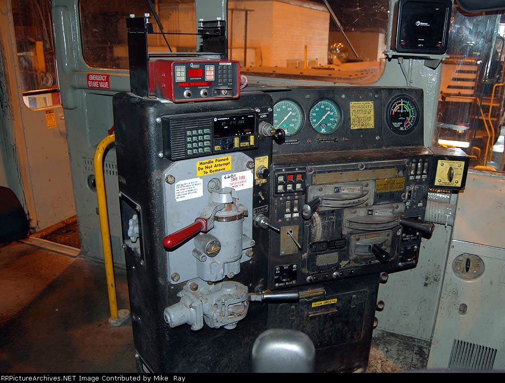 NS 6201 control stand