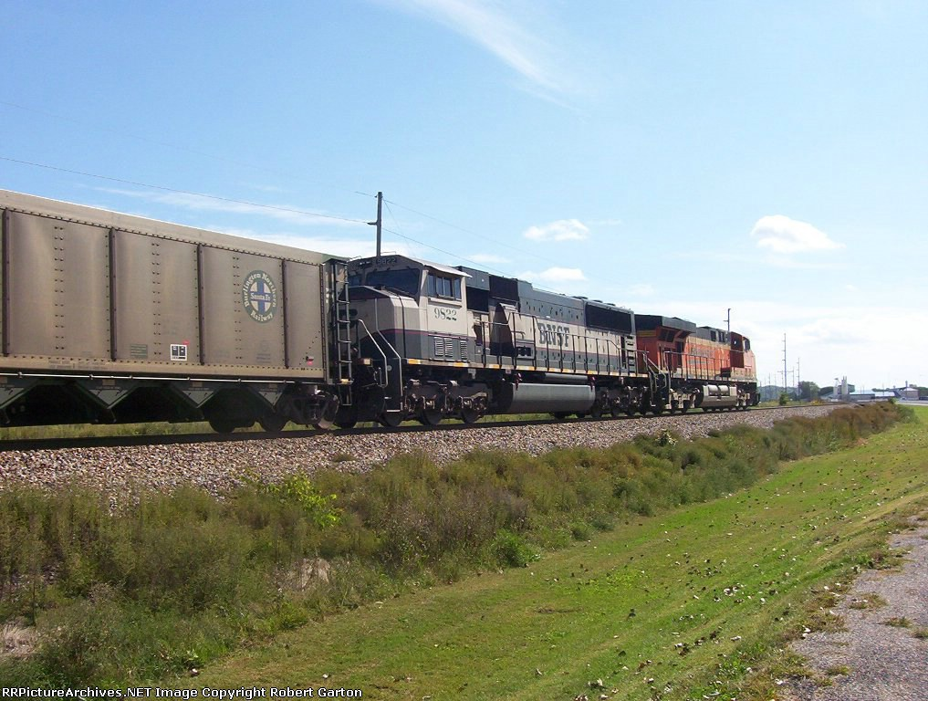 BNSF 9822