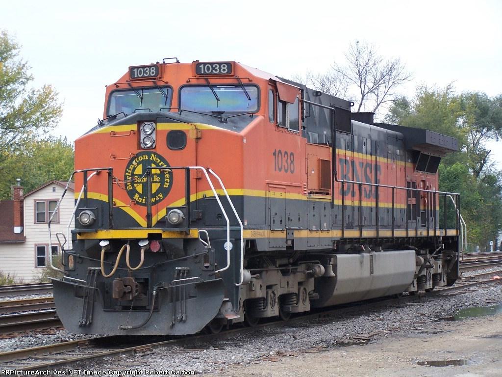 BNSF 1038 Idles on a Siding