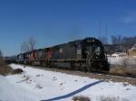 IC 1032 Heads a Daily Waterloo, IA-Chicago Run