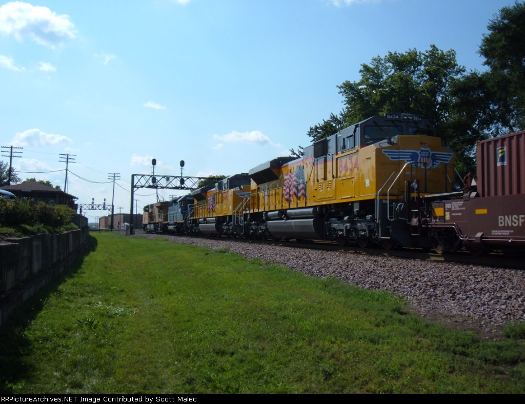 UP 5286, GSCX 7376, UP 8482 & 8434