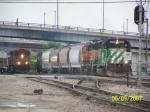 BNSF GP40-2 3004 & BNSF C44-9W 5442