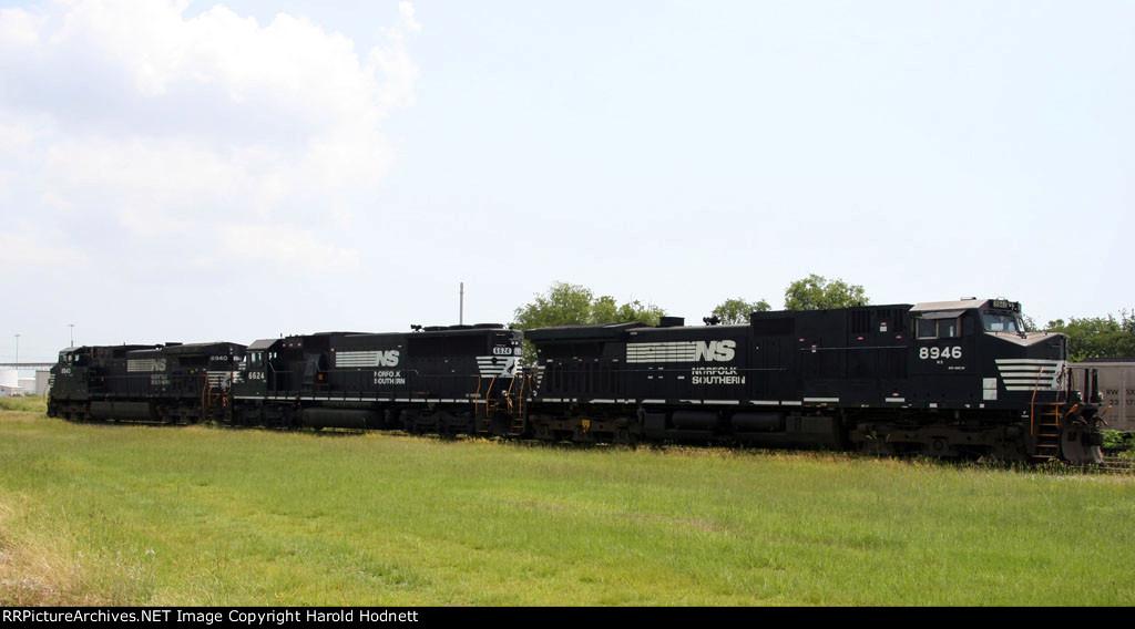 NS 8946, 6624, & 8940 sit at the Kinder Morgan plant