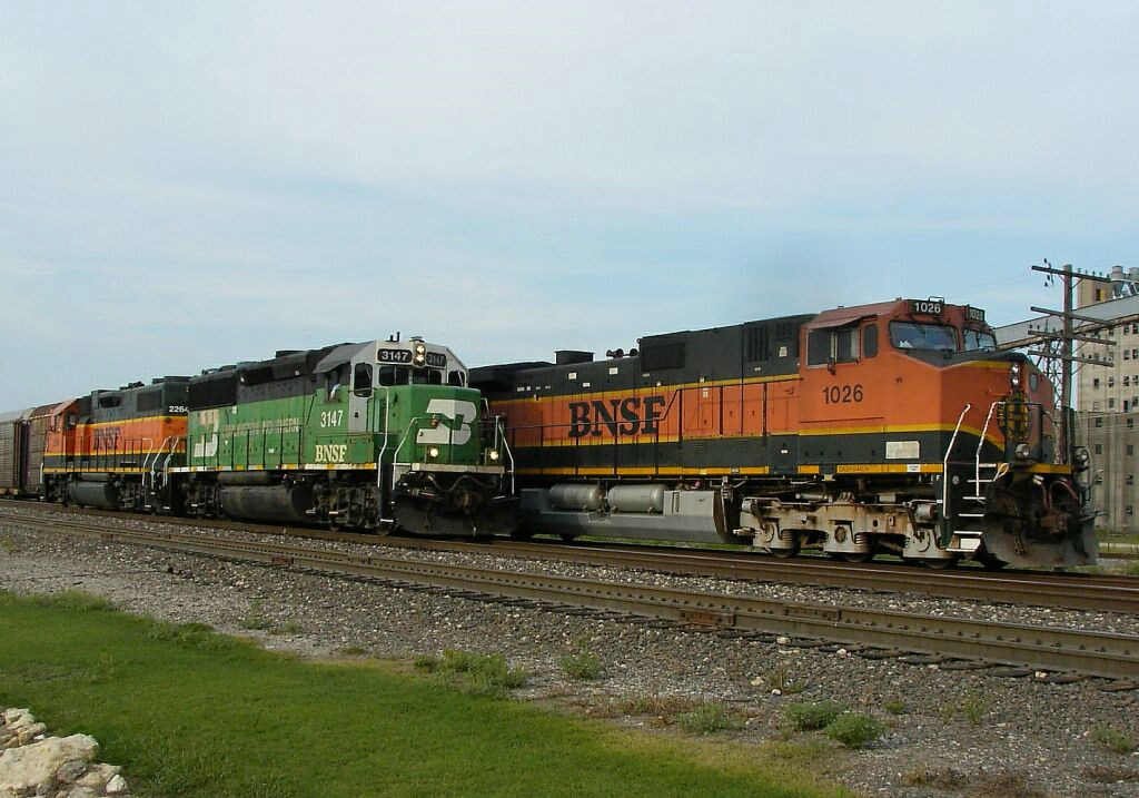 BNSF 1026, BNSF 2284, & BNSF 3147