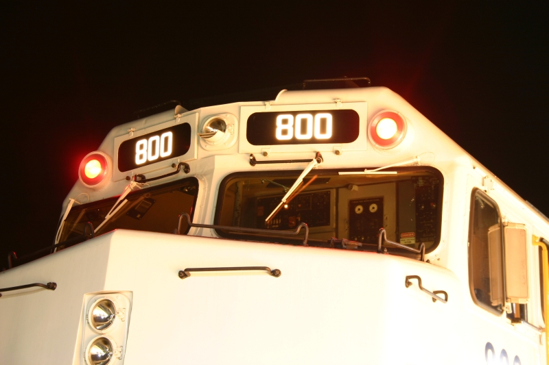 Front Detail shot of Metrolink 800