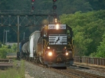 NS 3431 going over 4th street bridge heading into Phillipsburg N.J.